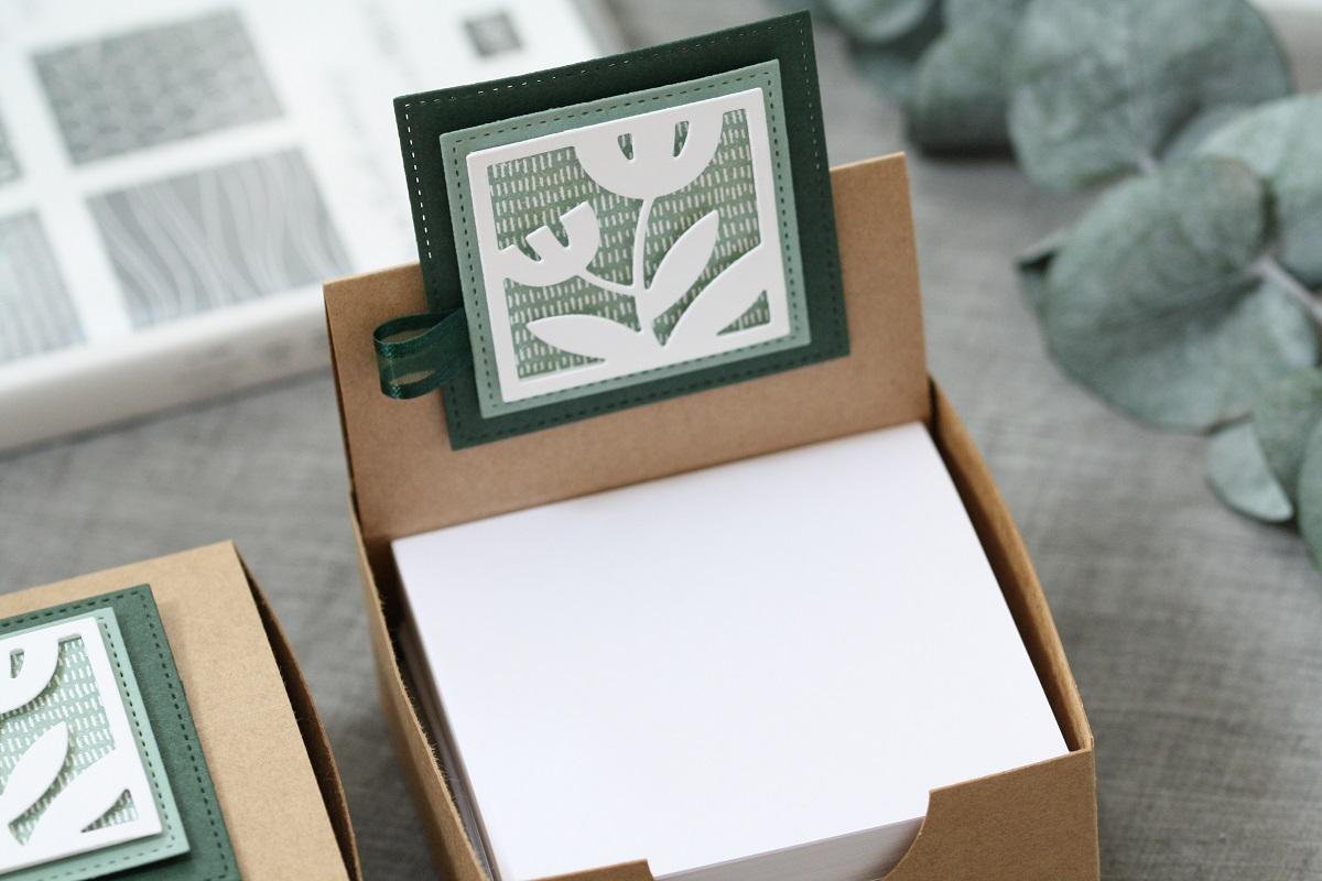 Florale Zettelbox