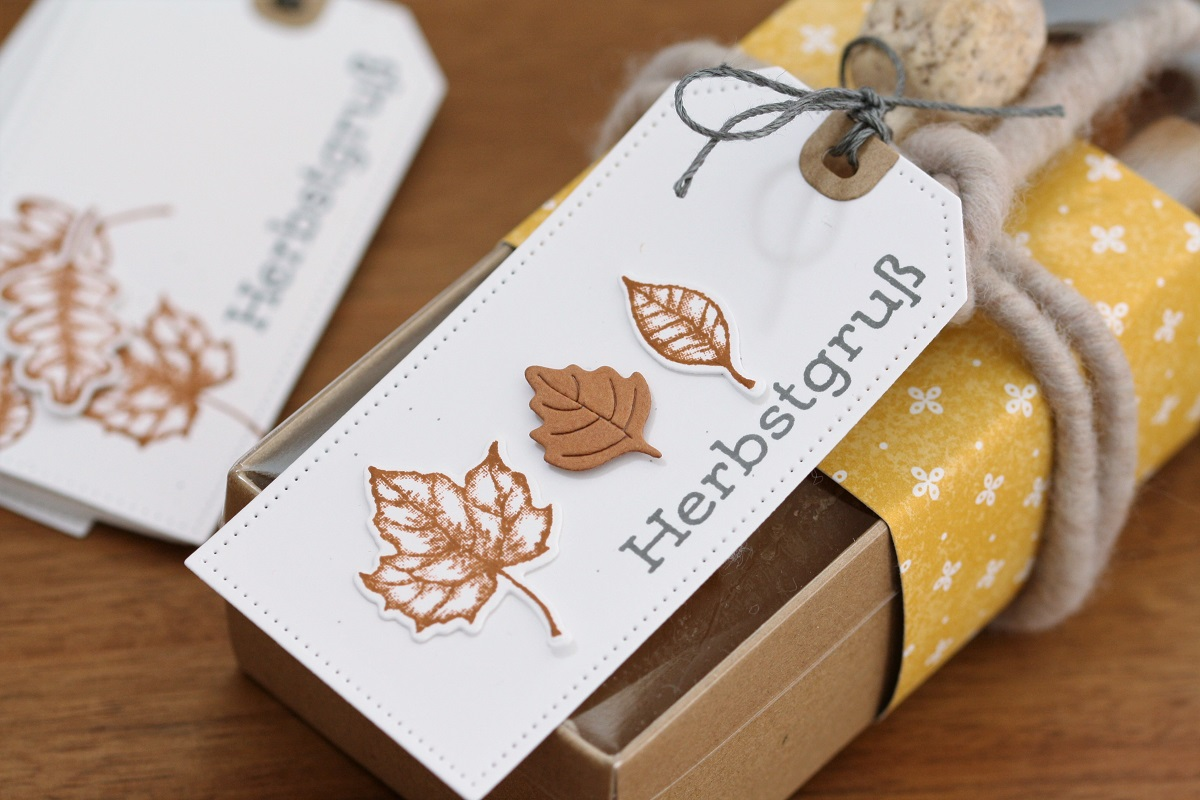 Herbstliche Geschenkanhänger
